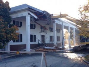 Demolition of the Hotel Breakers Main Entrance. Photos courtesy of Cedar Point.